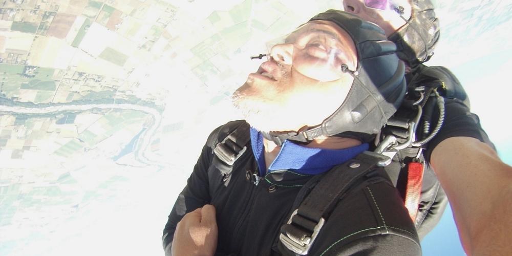 tandem skydive di New Zealand